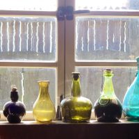 Cleaning your kitchen window