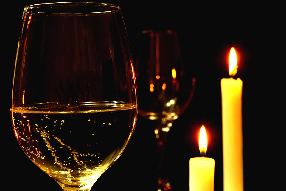 Enjoy a candle light dinner at The Residency – Welcome Hotel, Grand Bay