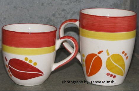 tea and coffe mugs at mother earth