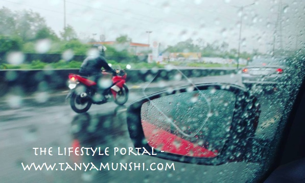 A smooth drive through the rains in Mumbai