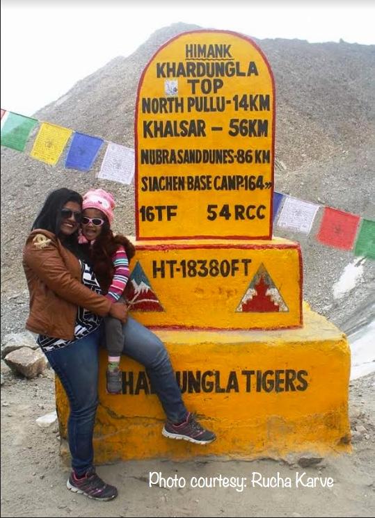 Rockstar mum Rucha & Advika at Khardungla